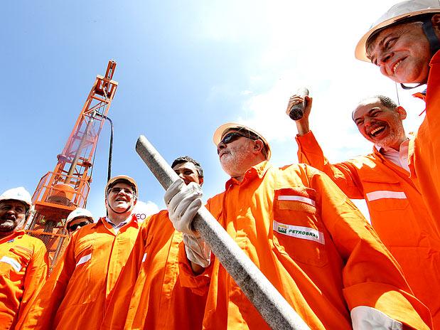 Promessa de Lula e Cid Gomes, Petrobras cancela projeto da Refinaria do Ceará