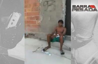 O vídeo foi gravado por uma mulher, que incentiva os suspeitos a atirarem contra a vítima (FOTO: Reprodução/TV Jangadeiro)