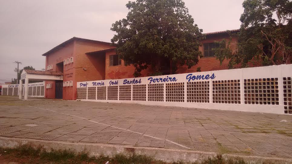 Escola recebeu o nome da mãe de Ciro Gomes há 20 anos (FOTO: Hayanne Narlla/ Tribuna do Ceará)