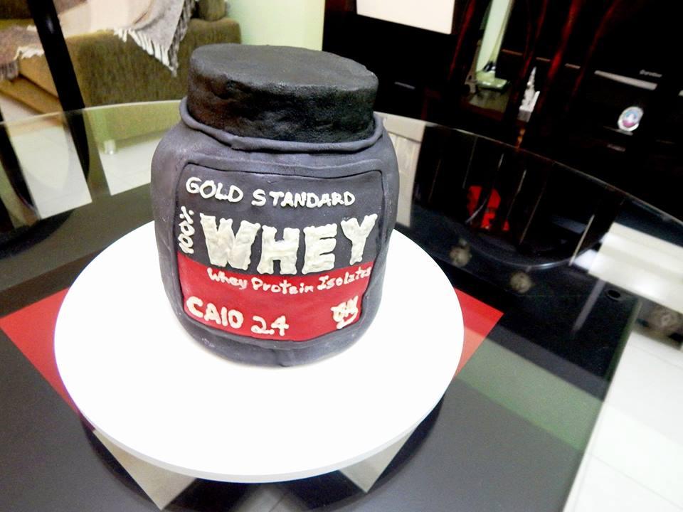Segundo Dalila, esse é o bolo que fez mais sucesso (FOTO: Acervo pessoal)