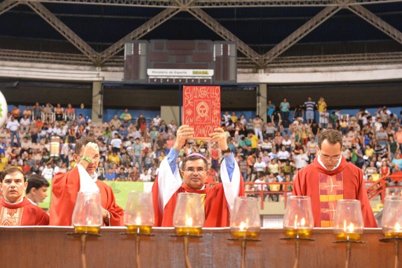 Durante os três dias de evento 774 pessoas se confessaram e cerca de 1150 foram atendidas pelos ministros de oração e aconselhamento. (FOTO: Divulgação)