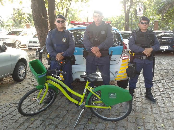 Bicicleta foi encontrada abandonada em parque (FOTO: TV Jangadeiro)