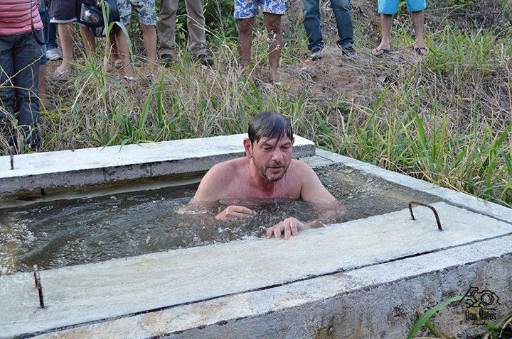 Cid mergulhou em adutora (Foto: Reprodução Facebook)