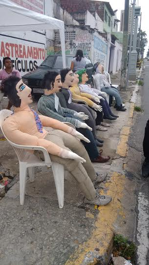 Boneco varia de R$ 70 a R$ 150 em Fortaleza (FOTO: Hayanne Narlla/ Tribuna do Ceará)