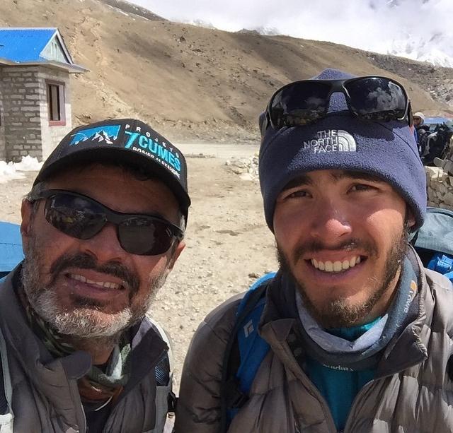 Rosier e Davi estão em Nepal desde 1º de abril (FOTO: Reprodução/Facebook)