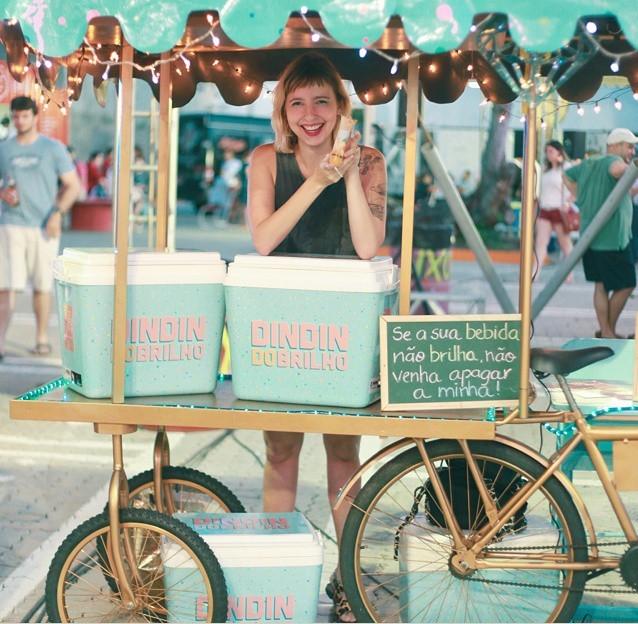 bar do Brilho começou com carrinho de sorvete e depois investiu em bike personalizada (FOTO: Deborah Piorski)