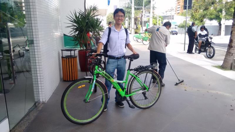 Celso Sakuraba é um dos fundadores da Ciclovida e luta pelos direitos dos ciclistas (FOTO: Hayanne Narlla/ Tribuna do Ceará)