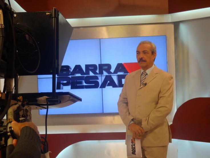 Nonato Albuquerque apresenta o Barra Pesada há 23 anos (FOTO: Emílio Moreno/ Tribuna do Ceará)