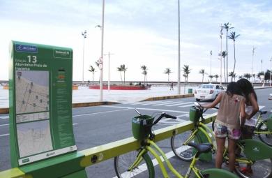 """Projeto sugere a instalação de """"Mini-Bicicletar"""" em praças, com bicicletas para crianças"""