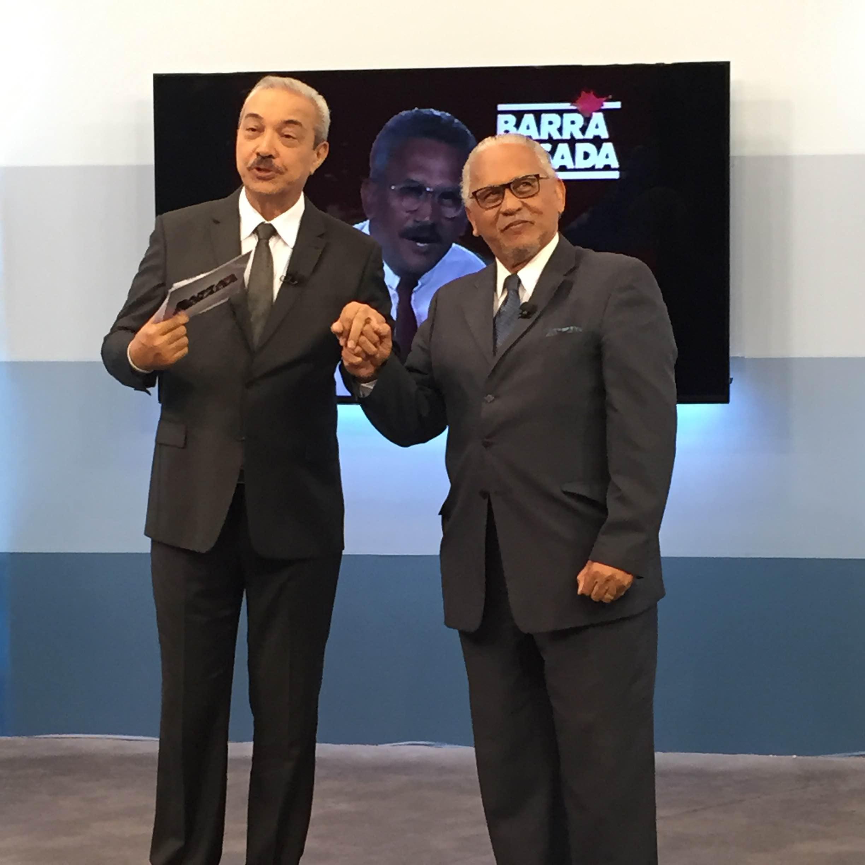 Em comemoração aos 25 anos de história do programa, o primeiro apresentador, Tadeu Nascimento, fez visita ao estúdio. (FOTO: Juliana Teófilo)