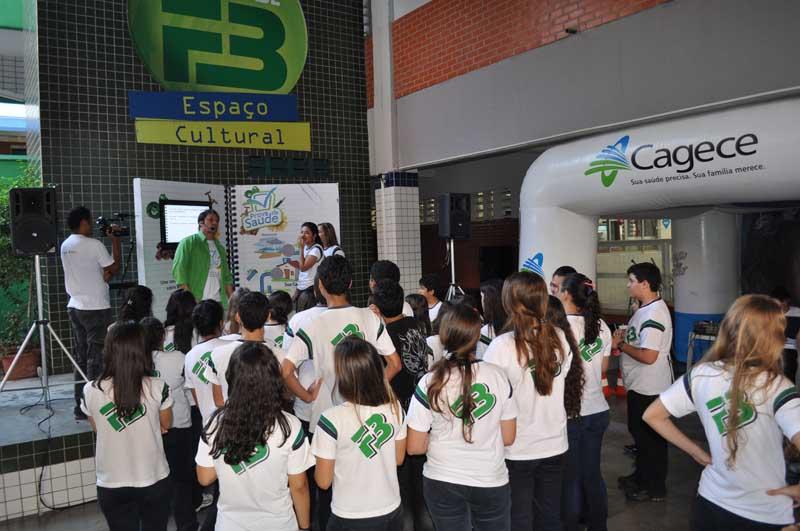 Em segundo lugar geral, com média de 737,88, o Farias Brito ficou atrás somente do colégio Objetivo, de São Paulo (FOTO: Divulgação)