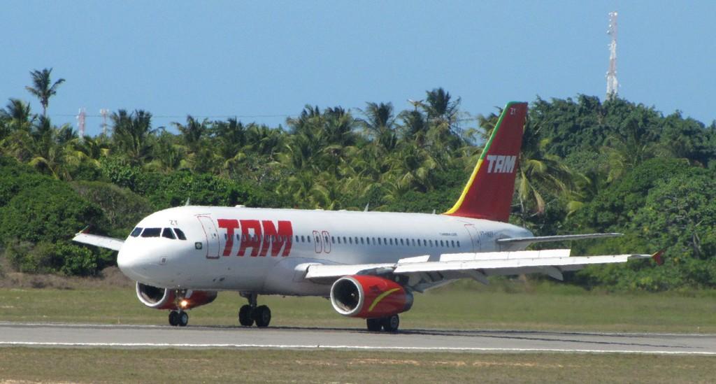 O voo JJ4696 da TAM, ia de Brasília com destino à Juazeiro do Norte (Foto: Portal de Juazeiro/Reprodução)