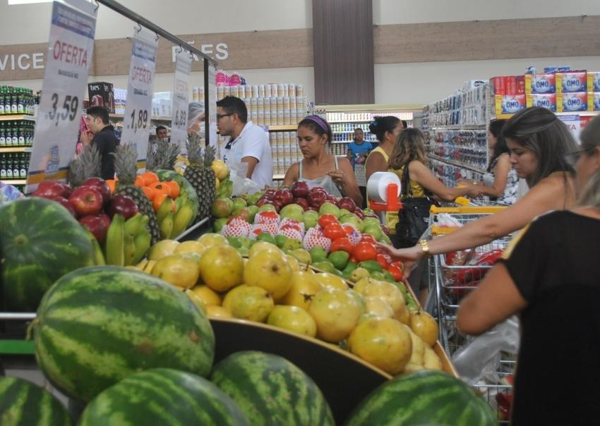 Procon orienta que os consumidores verifiquem os dias de ofertas nos supermercados (FOTO: Divulgação)
