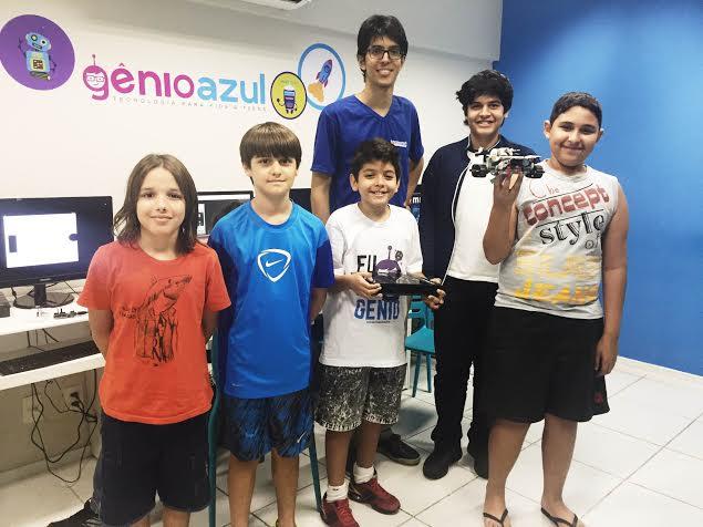 O ensino da robótica foca no uso das tecnologias atuais para trazer as matérias escolares para uma realidade mais próxima dos alunos. (FOTO: Juliana Teófilo/Tribuna do Ceará)