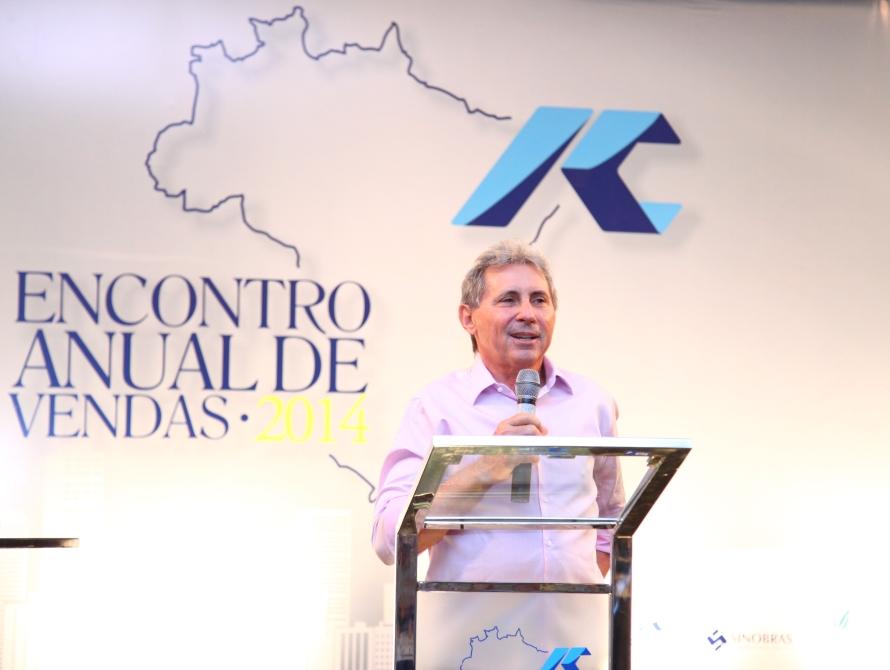 Vilmar Ferreira é considerado exemplo de superação, por ter saído da roça e, agora, ser presidente do grupo que conta com cinco empresas (FOTO: Arquivo pessoal)