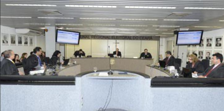 Sessão de julgamento da Corte do TRE-CE (Foto: TRE-CE/Reprodução)