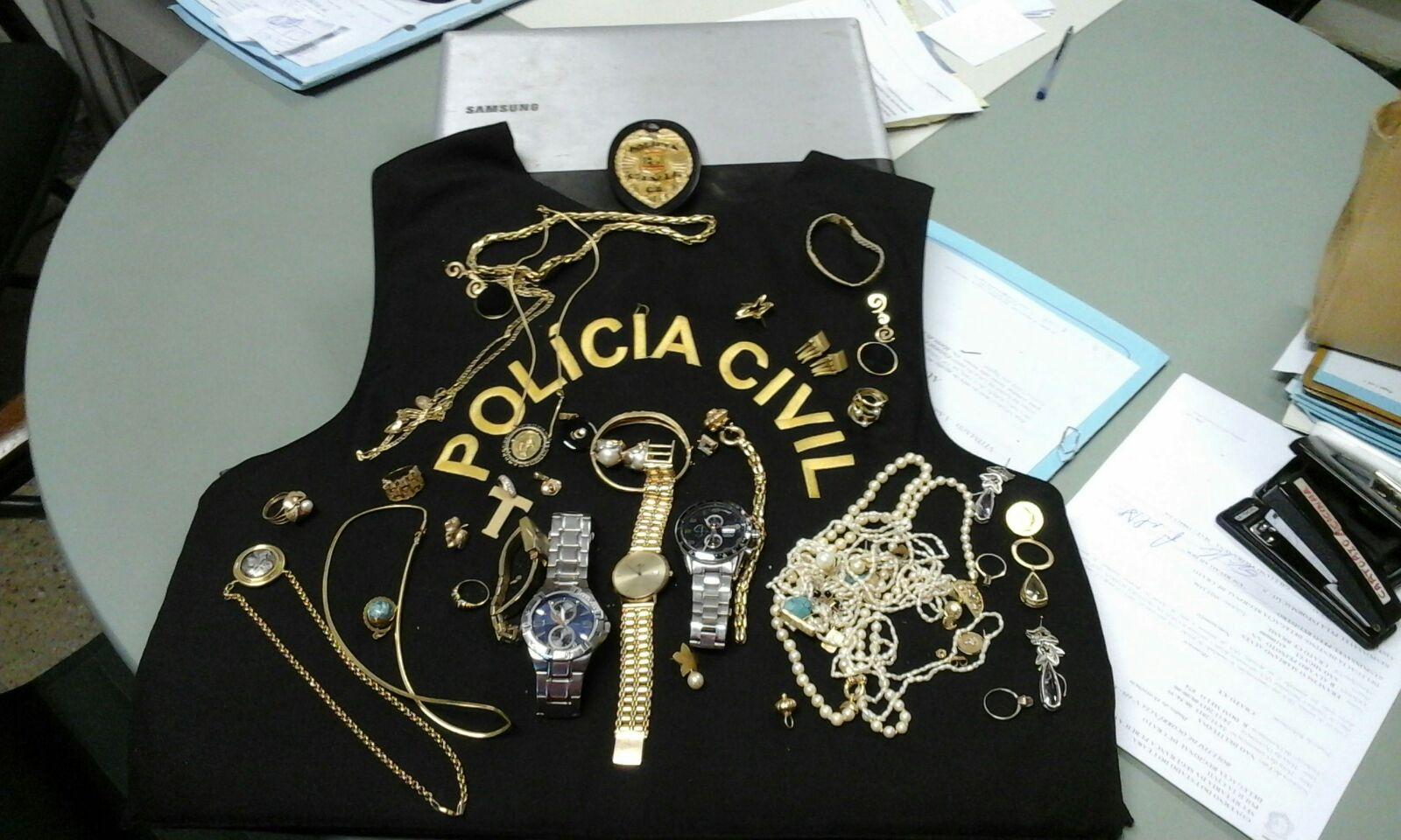 Ao serem capturados, os adolescentes confessaram a autoria do delito e indicaram onde estaria o material furtado (FOTO: Reprodução)