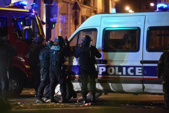 Cearenses relatam momentos de pânico nos atentados em Paris