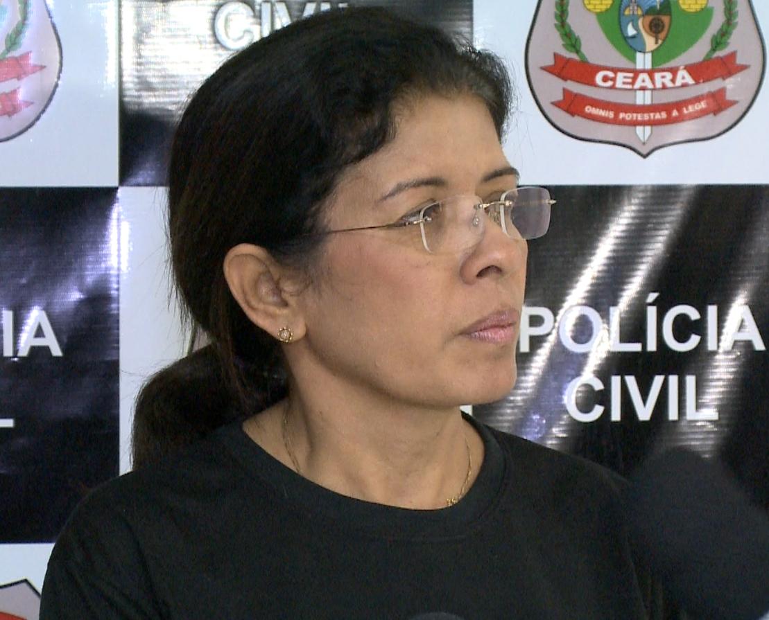 Delegada Socorro Portela investiga o caso de latrocínio (FOTO: Reprodução/TV Jangadeiro)