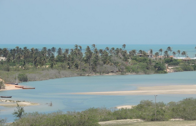 A Praia da Tatajuda fica em uma vila de pescadores entre as cidades de Jericoacoara e Camocim (FOTO: Reprodução)
