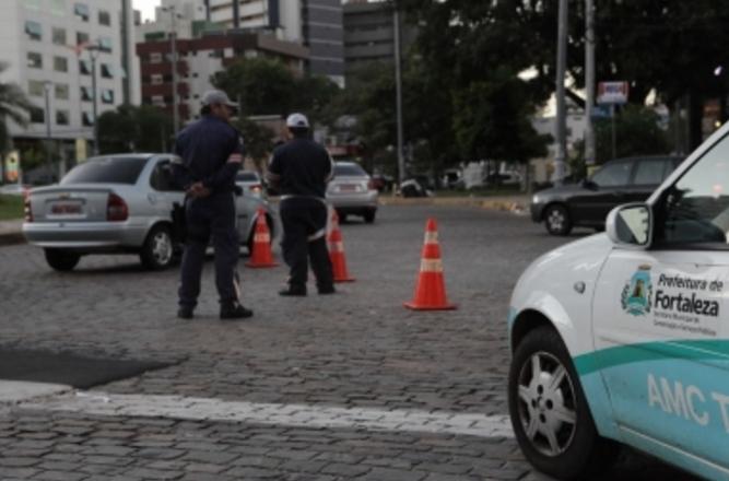 Lei também perdoa infrações anteriores a 31 de dezembro de 2012 com valores iguais ou inferiores a R$ 400 (FOTO: Kaio Machado/Divulgação)