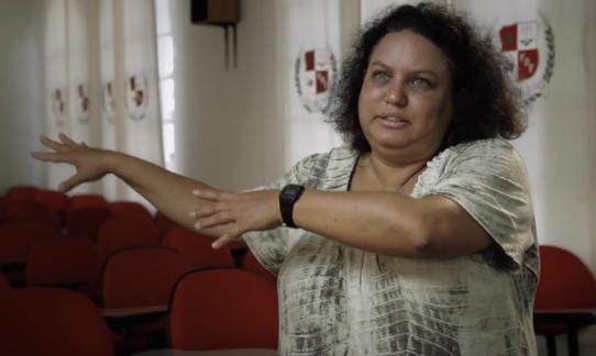 Professora da UFC, Lola Aronovich tem uma história de luta pelos direitos da mulher (FOTO: Reprodução)