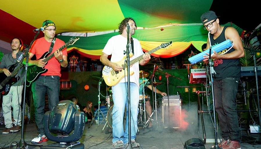 A banda sonha em retornar às origens e formar um projeto social para ajudar as comunidades da Praia do Futuro. (FOTO: Reprodução/Arquivo banda Zuada Roots)