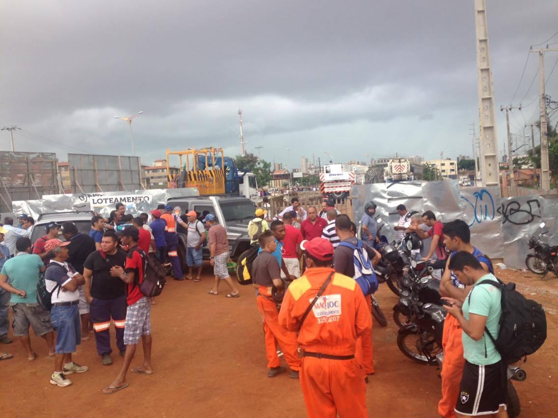 Funcionários pediram embargo total da obra, e não apenas do trecho onde houve o acidente. (FOTO: Arquivo/Tribuna do Ceará)