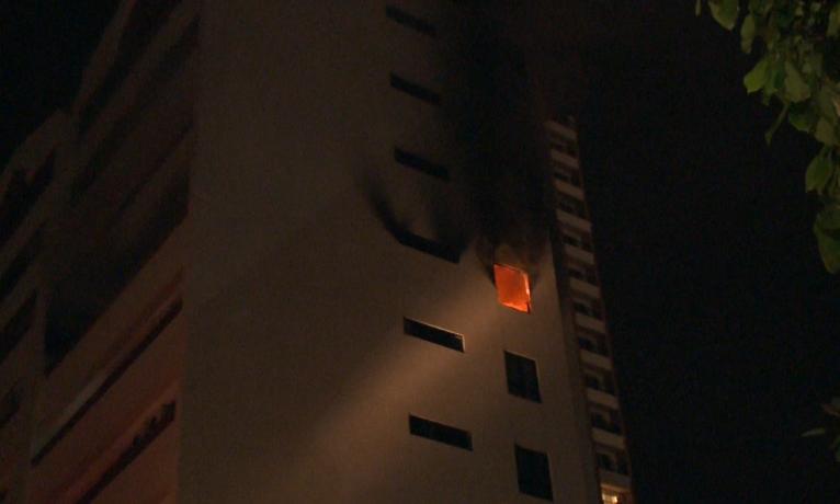 Incêndio atinge sétimo andar de edifício residencial (FOTO: Reprodução/TV Jangadeiro)
