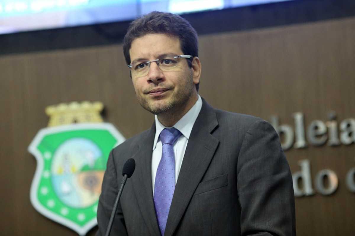 Renato Roseno falou sobre crise política (FOTO: Divulgação)