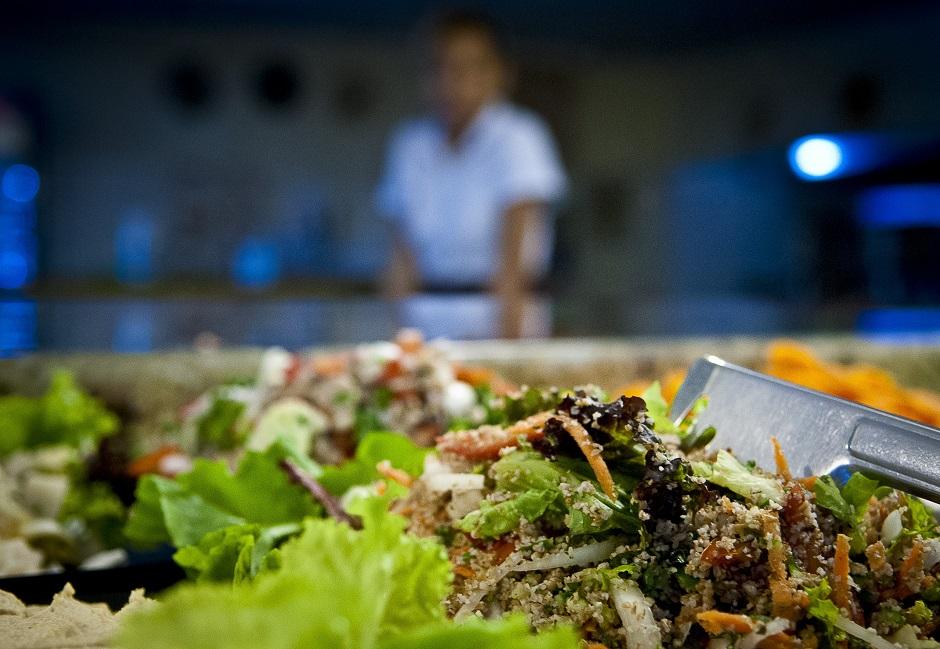 Preço de almoço em Fortaleza está acima da média nacional, aponta pesquisa