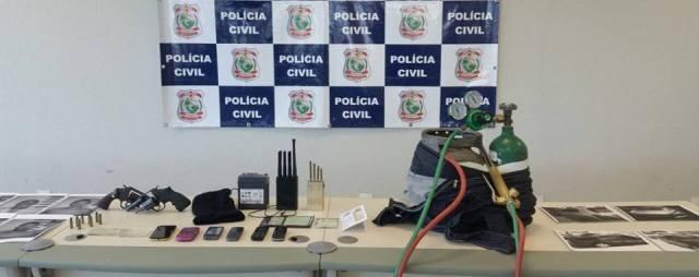 Objetos apreendidos. (FOTO: Polícia Civil do Ceará)