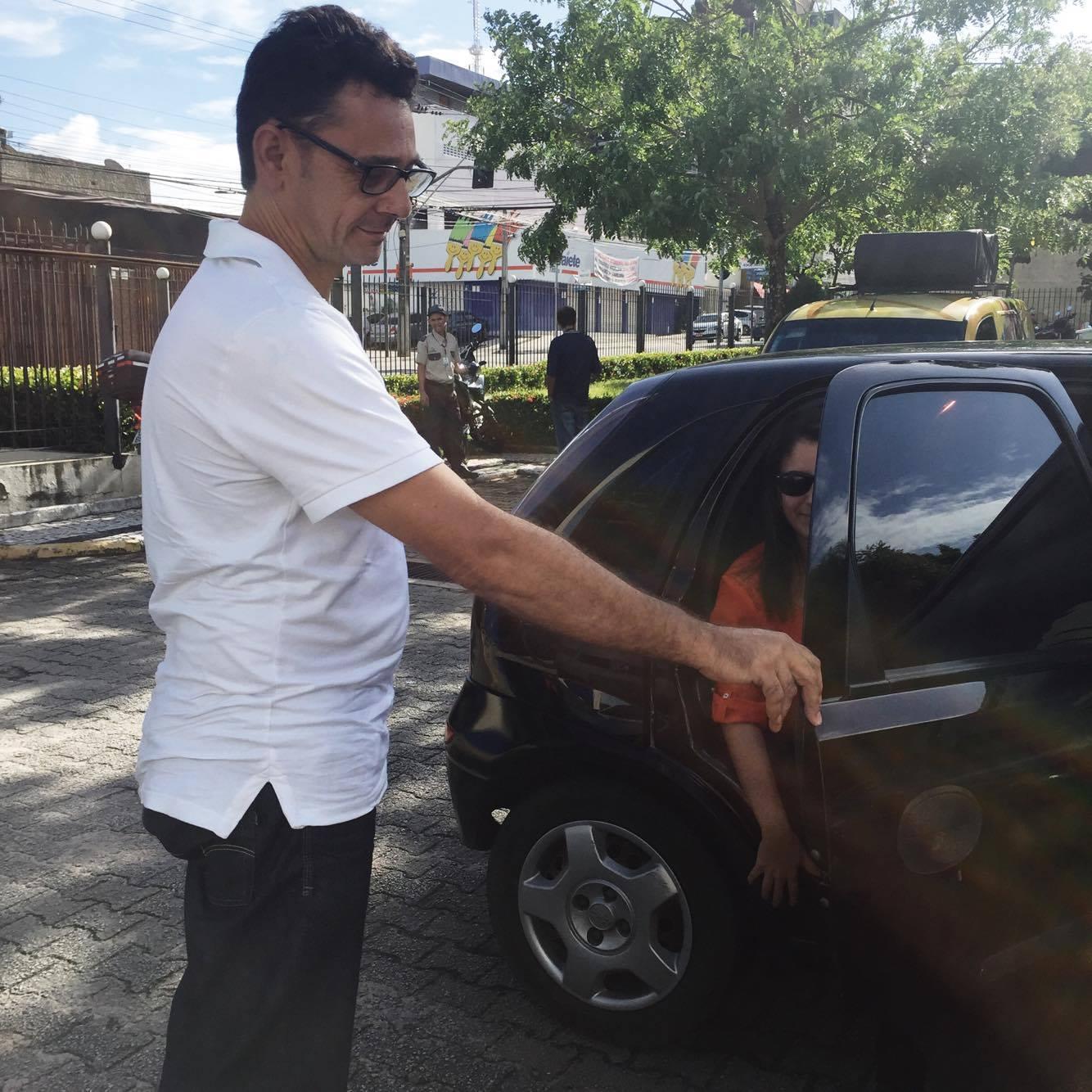 Tribuna Testou: Descubra se o polêmico Uber é tudo que disseram