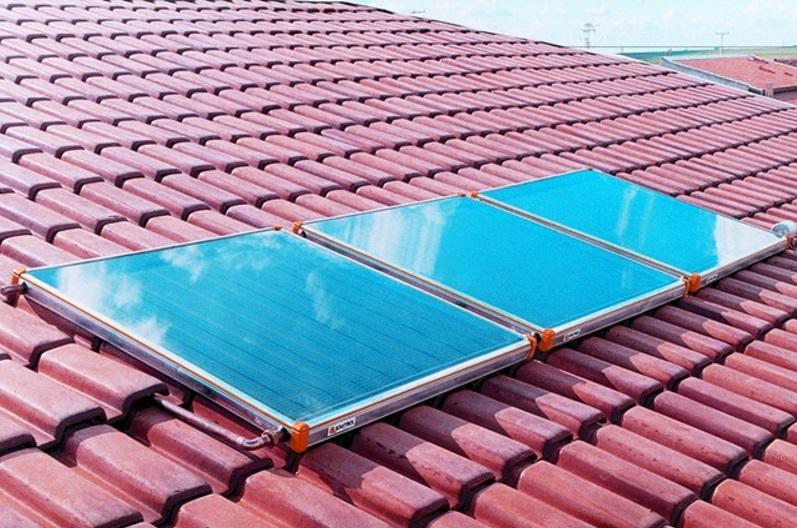 Com aumento na conta de luz, cearenses investem em placas de energia solar