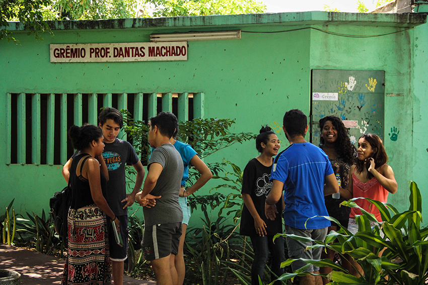 Onda de ocupações de escolas no Ceará indica politização de jovens