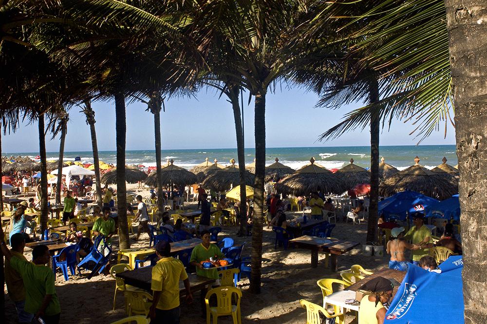 Hotéis do Ceará reduzem tarifas devido à baixa procura por causa da crise