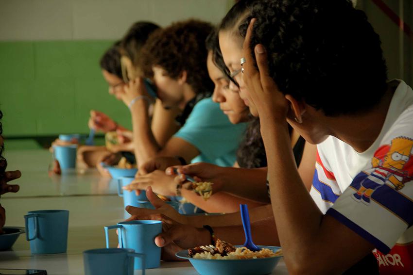Compartilhamos a rotina dos jovens que já ocupam 49 escolas no Ceará. Veja o que eles pensam