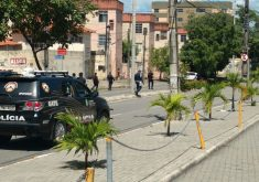 Policiais do Batalhão de Choque e do Gate estiveram no local para realizar inspeção. (FOTO: Dorian Girão)