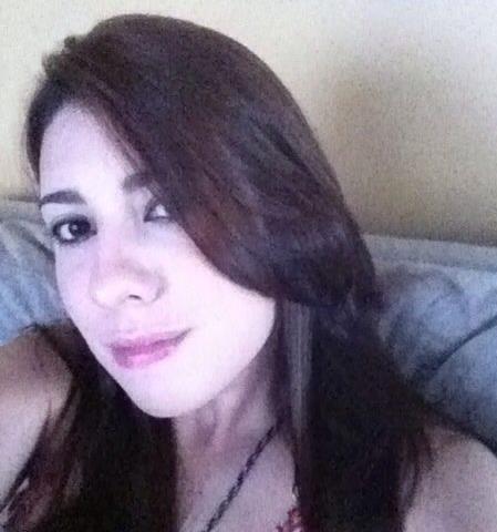 Namorado diz à Polícia que tentou se matar após ver universitária morta no carro
