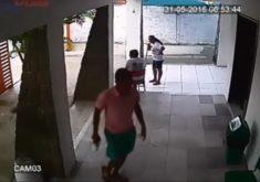 Assalto foi filmado por câmeras de segurança. (FOTO: reprodução)