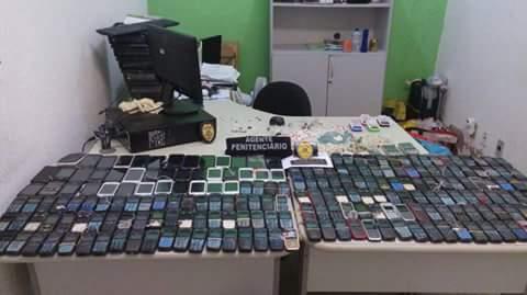 230 celulares são apreendidos em uma única vistoria em presídio no Ceará