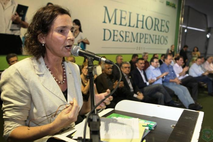Roberto Cláudio conta com apoio da vice-governadora em campanha pela reeleição