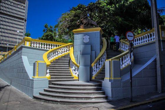 A Praça dos Leões concentra espaços e obras importantes para a cidade (FOTO: Fernanda Moura/Tribuna do Ceará)