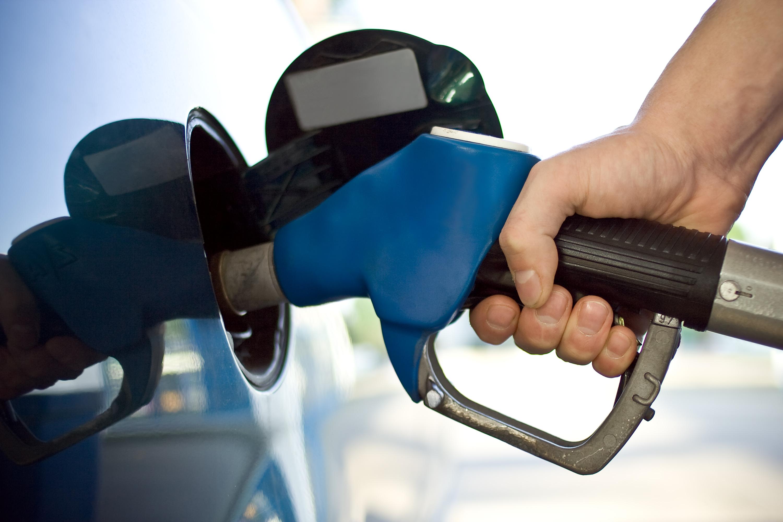 10 municípios cearenses registram queda no preço da gasolina