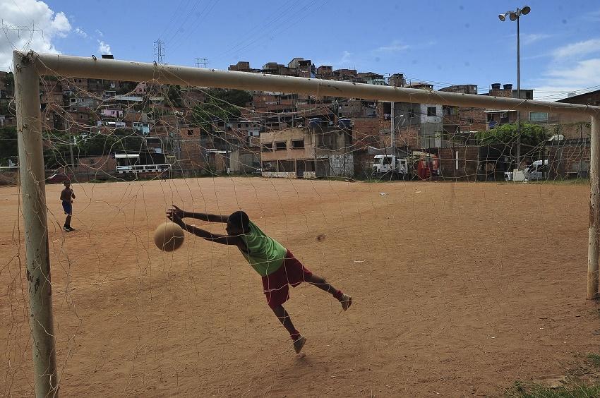 Ceará tem 3ª maior taxa de homicídios de crianças e adolescentes no Brasil