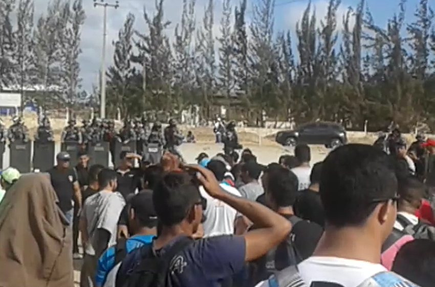 2 PMs são detidos durante manifestação de funcionários do Complexo Portuário do Pecém