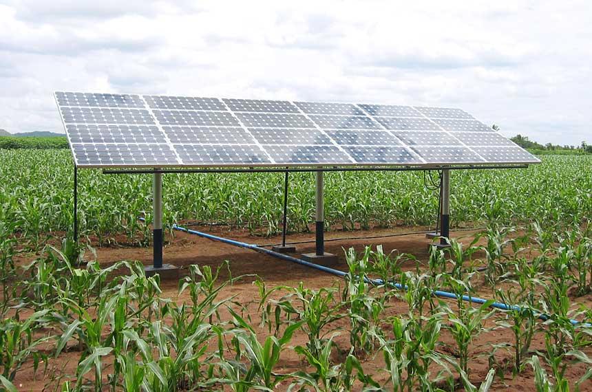 Projeto de agricultor cearense transforma energia solar em elétrica