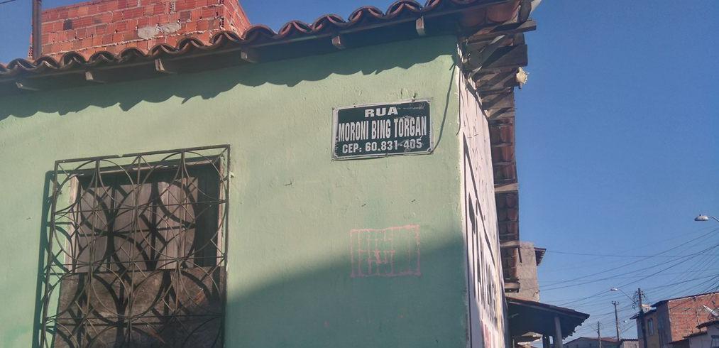 """""""Moroni só vem aqui em ano de eleição"""", dizem moradores da Rua Moroni Bing Torgan"""