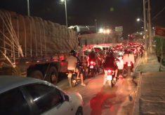 Obras na avenida geram congestionamento na via (FOTO: Reprodução/TV Jangadeiro)