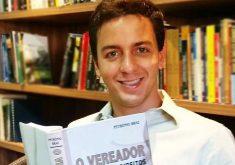 Célio Studart obteve mais de 38 mil votos. (Foto: Divulgação/Facebook)